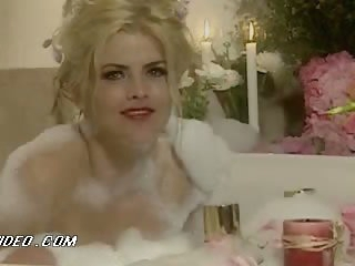 Bonerific Lesbian Sex Scene Featuring Ahmo Hight and Anna Nicole Smith