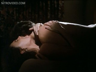 Sexy Jacqueline Bisset Totally Nude In a Hawt Sex Scene From 'Class'