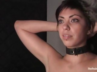 Aiden Starr whips slave Satine Phoenix hard to please the master