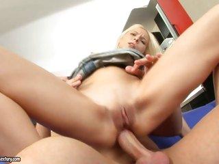 Super slut Lisa slams her tight ass on a hard knob and enjoys it