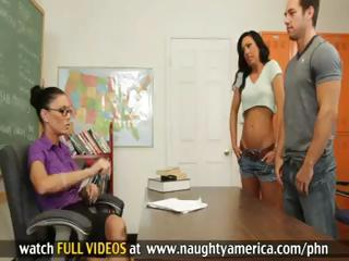 Jessica Jaymes and Tiffany Brookes Have Hot Threesome With Chap