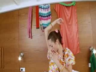 Thin russian playgirl Natasna vibrating