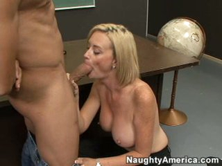 Curvaceous Camryn Cross gets mouth fucked by her horny student