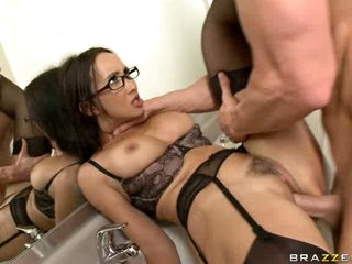 Katsumi got blown with a load of warm cum in the toilet
