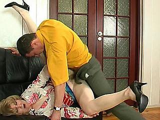 Elinor&Donald red hawt aged clip