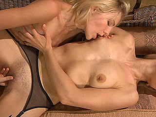 Betty&Judith nylon lesbian babes in action