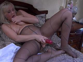 Sandy in great hose movie