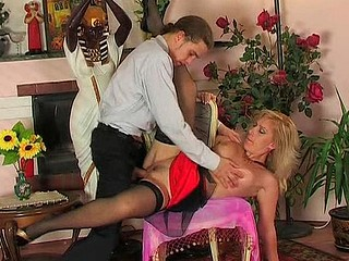 Silvia&Mike kinky mommy on clip