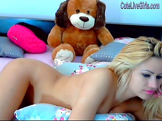 Charming blonde chatting nude