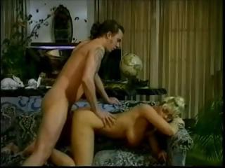 Classic porn scenes with vintage star Samantha Strong getting fucked