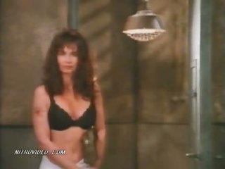 Hawt Lori Jo Hendrix & Rebecca Chambers Showering in Prison