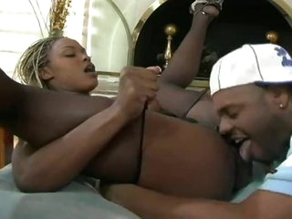 Incredible big breasts on black 10-Pounder whore