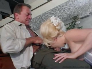 Stunning Jamie Brooks gags on a massive hard fuck stick