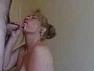 Milf blow and sucking empty