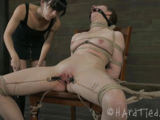 a satisfying pussy torture