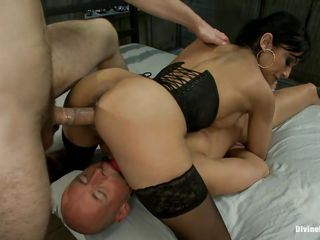 threesome with a devilish milf and a dominated bald man