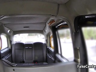 Spanish babe anal fucked in taxi