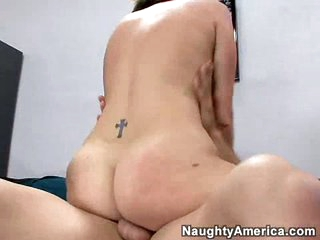 Bubble butt brunette hair Valerie Luxe gets rammed by a thick cock