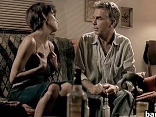 Sexy Celebrity Halle Berry In A Hawt And Sleazy Sex Scene