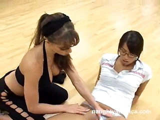 Super slut Vanessa Lane warming up for some lesbian action