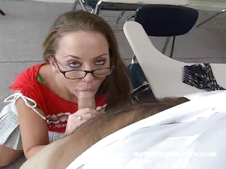 Leighlani Red is a hot pornstar who loves giving the most good blowjobs