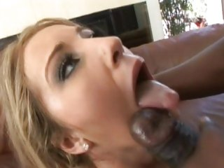Hottie Barbie Cummings gets splashed with hot jizz