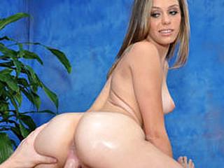 Sexy and sexy cutie Kara bonks her massage patient!