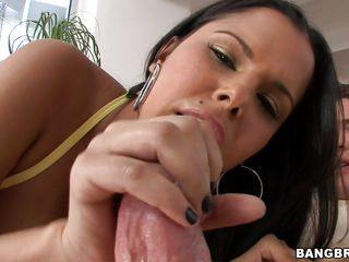 latina milf diamond kitty in action