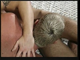Twinks cuming together