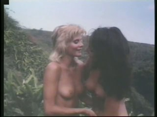 Insanely Hot Retro Outdoor Fuckfest Full Of Gorgeous Lesbian Sluts