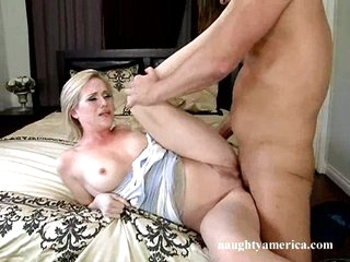 Big tit honey Naomi Cruise can't live without getting screwed hard on the couch