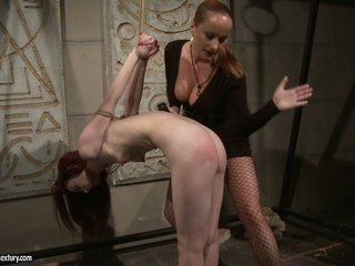 Katy Borman drubbing a firm ass of a hot babe
