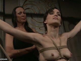 Mandy Bright sexy slut tie a sexy babe naked body