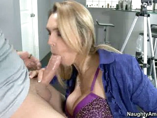 Tanya Tate sucks off a lucky young man's nob like cum coated lollipop