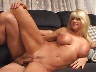 Milf Vicky Vette loves getting her wet pussy pummelled