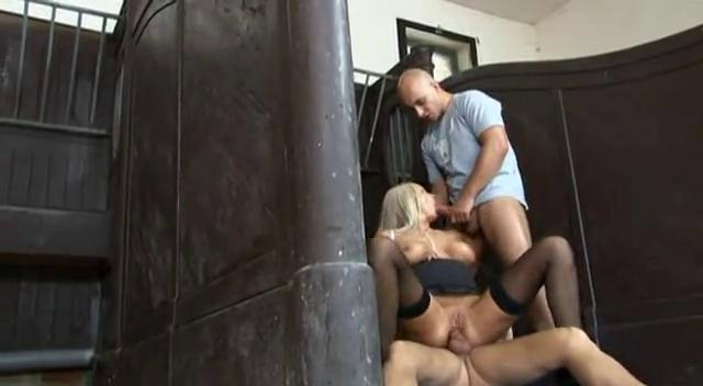 Blonde milf enjoys a double penetration