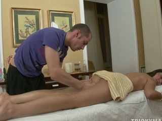 Massage goes crazy as a dude slips his cock in a hot pussy