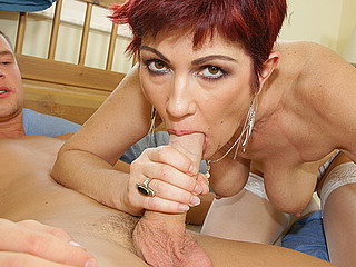 Older slut is in the mood for creampie and pee