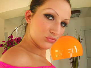 A brunette hair oils up and widens her pink cum-hole lips