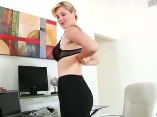 Hot mom takes dual toy action masturbation to fresh heights