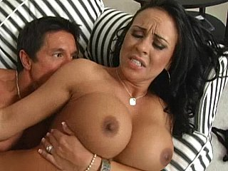 Busty Mariah getting drilled fast