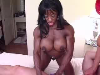 Muslce freaks - Strokin The Shaft