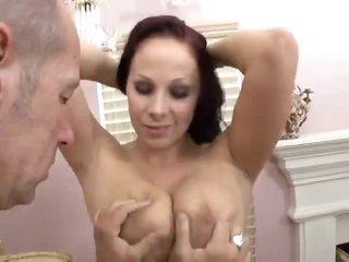 Busty Gianna Michaels loves the titty fucking