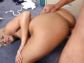 Seductive Katie Summers receives rutted up her cunt
