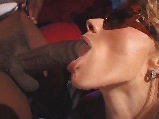 Italian Pornstars Sexy Luna and Federica Tommasi