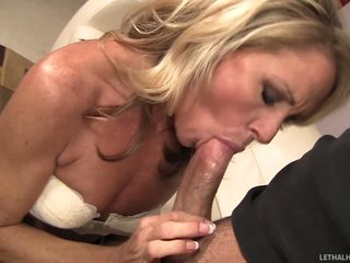 Hot MILF Nikki Charm gives every kind of oral pleasure