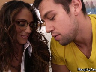 Teacher Ariella Ferrera is hot, excited and ready