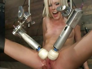 Red hot Kyleigh Ann is toy fucked by a machine
