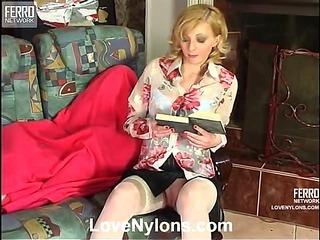 Olivia&Rudolf naughty nylon video