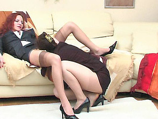 Judith&Marion pussylicking mommy on movie